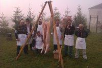Oslava 730 výročia obce Vojkovce v roku 2012 - príprava občerstvenia pre účastnikov osláv