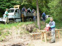 Brigáda pri čistení a udržbe obecného vodovodu v r. 2012