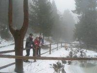 Zimný pohľad na požiarnú nádrž urbariátu Vojkovce