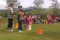 MDD  2012  pripravované súťaže pre deti pomáhali organizovať aj rodičia